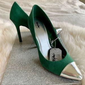 NWT Green & Silver Women's Heels, Size 7